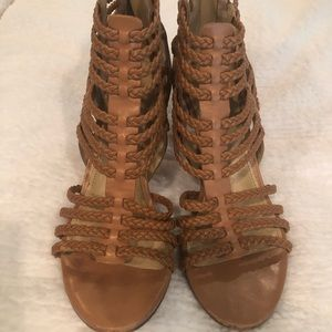 Shoes - Size 6.5 tan 3.5 in heel